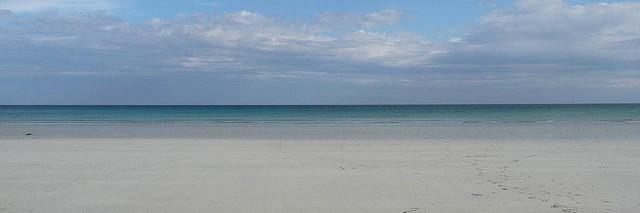 fiona-crossapol-beach-2663997355_ea73a75f4c_z-cropped
